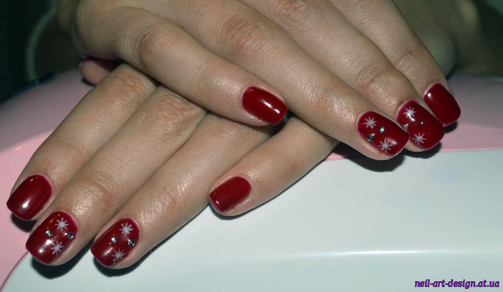 Вишневый маникюр: фото дизайна ногтей вишневого цвета 29